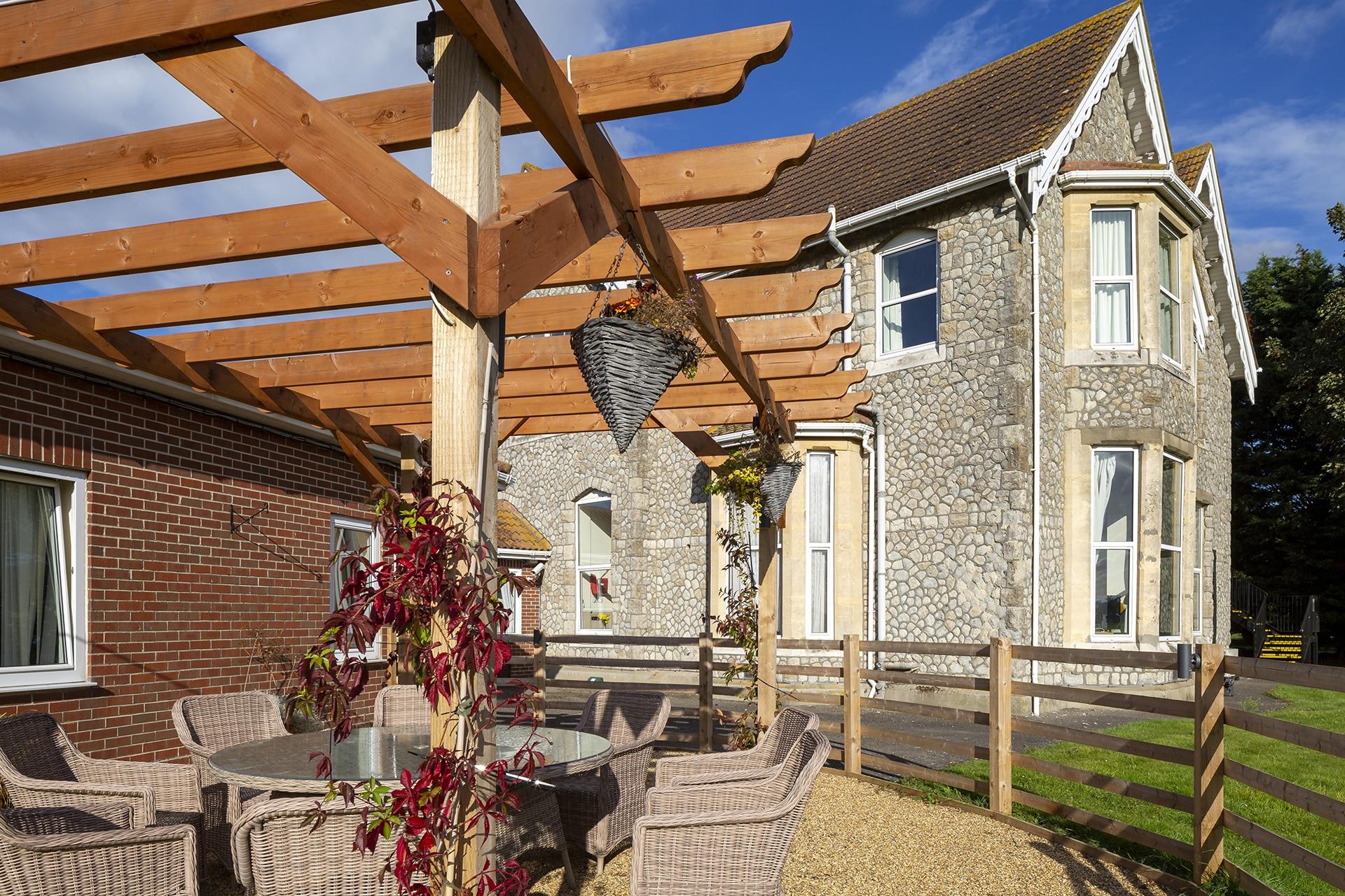 Stambridge Meadows Care Home garden seating area